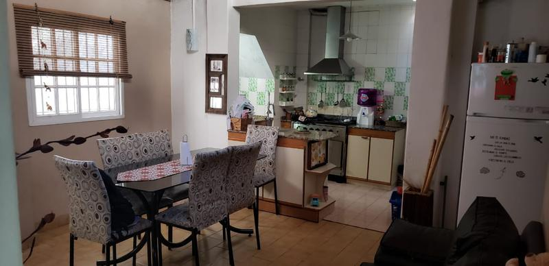 Foto PH en Venta en  Liniers ,  Capital Federal  Montiel al 1100, liniers, oportunidad, excelente 3 ambs, PB con terraza