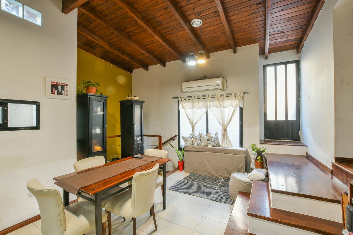 Departamento pasillo venta centro dos dormitorios terraza parrillero