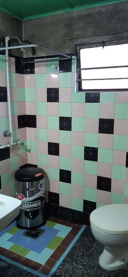 Foto Casa en Venta en  Ituzaingó ,  Montevideo  Casa  x  Cno. Corrales  a pocos metros de Antel Arena! 3 Dorm, fondo, cochera...