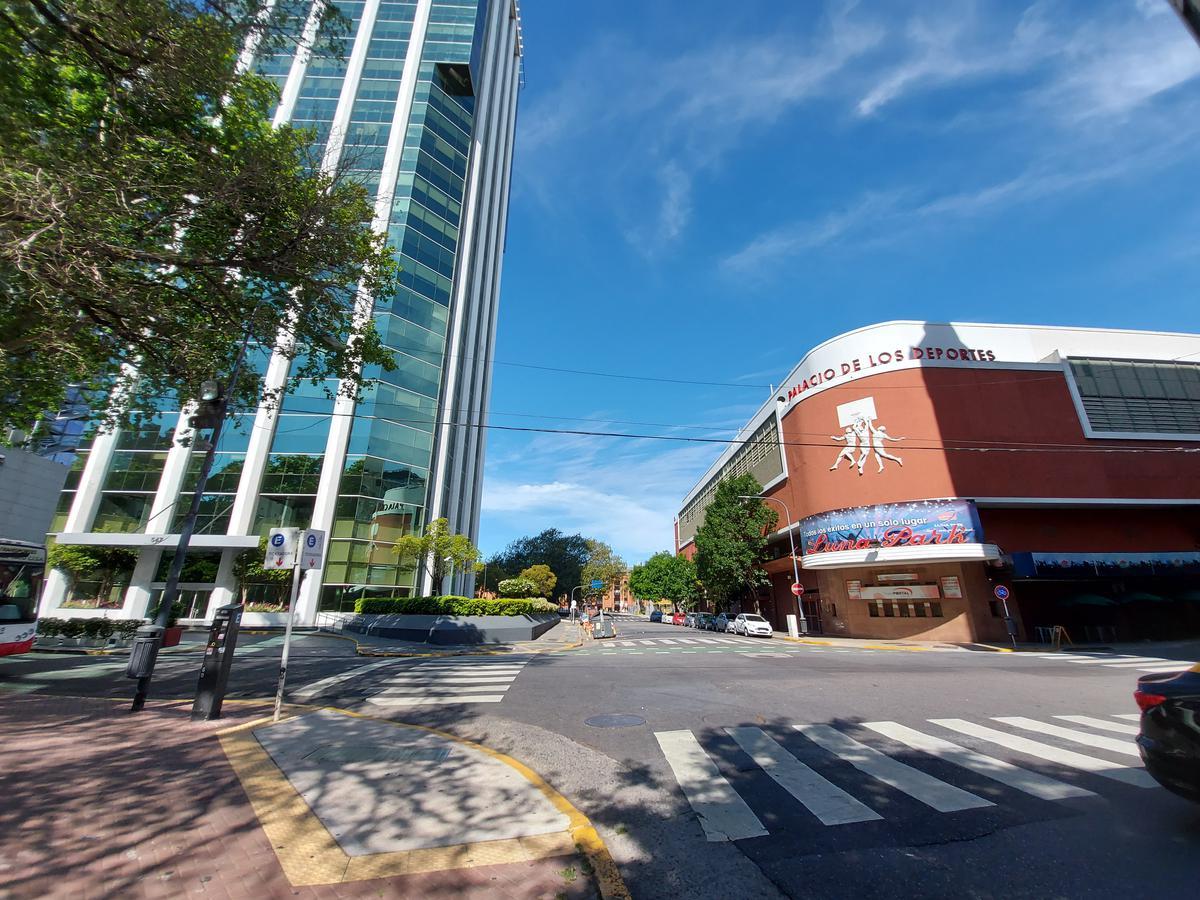Foto Local en Alquiler en  Centro (Capital Federal) ,  Capital Federal  LAVALLE al 100