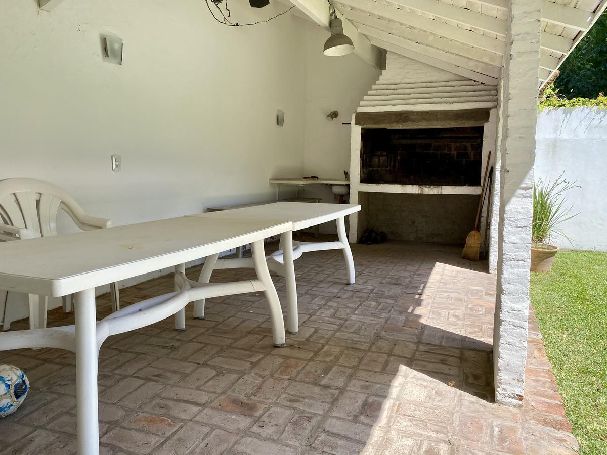 Foto Casa en Venta en  Mart.-Vias/Libert.,  Martinez  José Manuel Estrada 2600