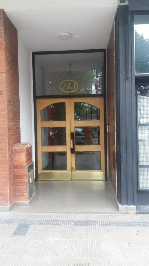 Foto Departamento en Alquiler en  La Plata,  La Plata  13 e/ 46 y 47