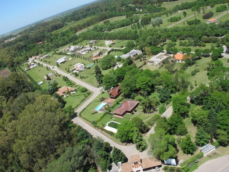 Foto Terreno en Venta en  Los Cardales,  Countries/B.Cerrado (Campana)  Los Cardales