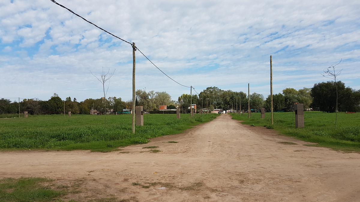 Foto Terreno en Venta en  Las Lomas,  Belen De Escobar  JUAN MERMOZ Nº 1300