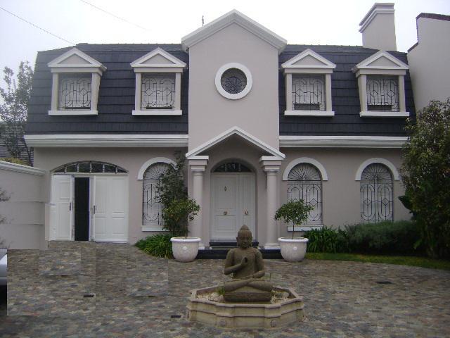Foto Casa en Venta |  en  Castelar,  Moron  Marquez de Loreto al 2500
