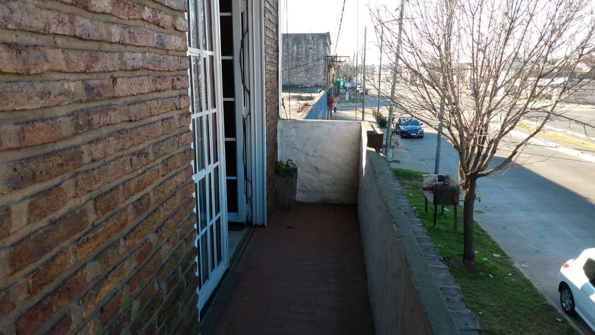 Foto Departamento en Alquiler en  Urquiza,  Rosario  27 DE FEBRERO 6060