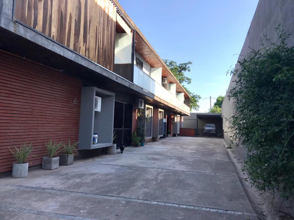Foto Departamento en Venta en  Av. Peron ,  Yerba Buena  beethoven al 1700