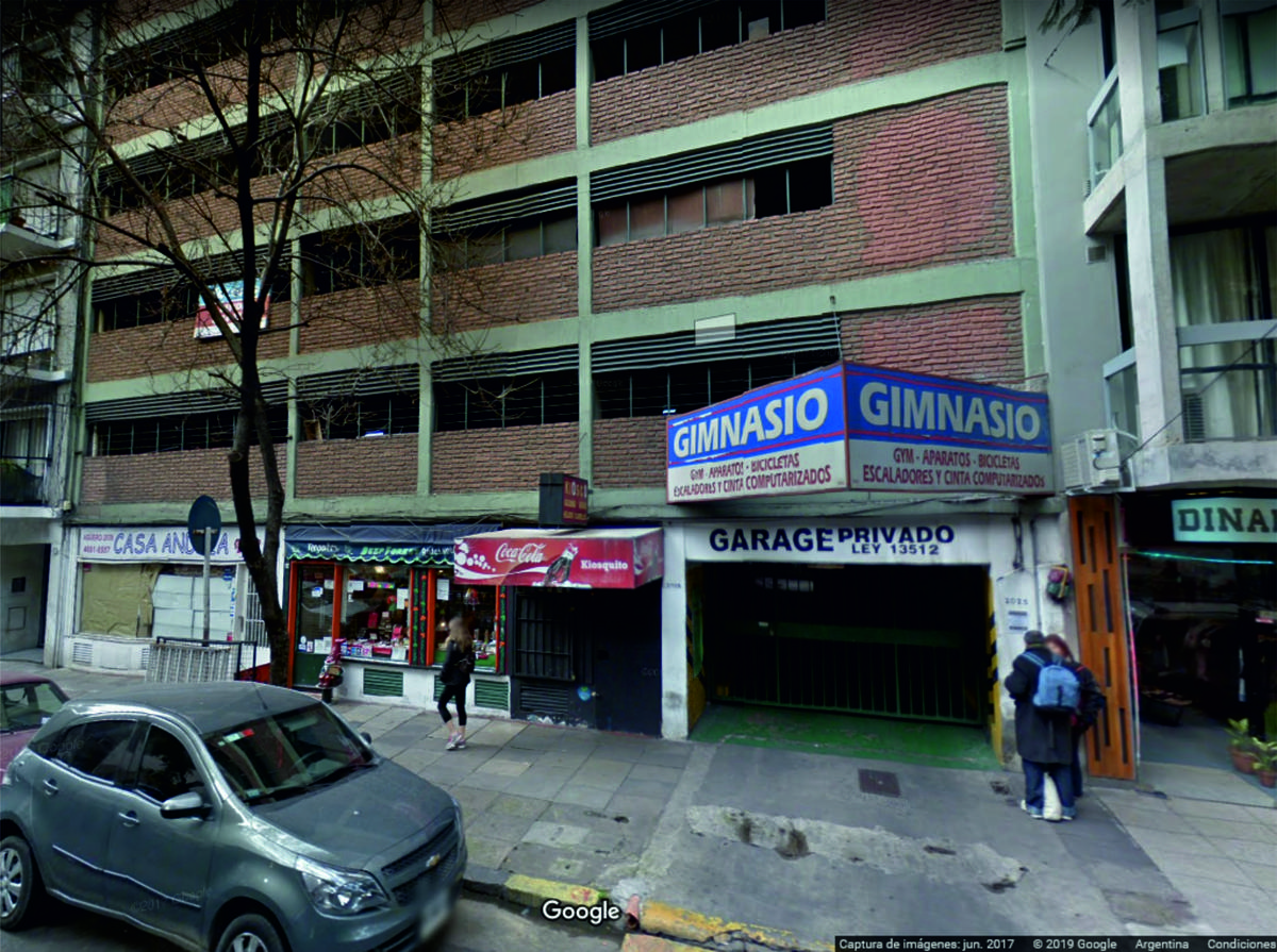 Foto Cochera en Venta en  Barrio Norte ,  Capital Federal  Aguero al 2000