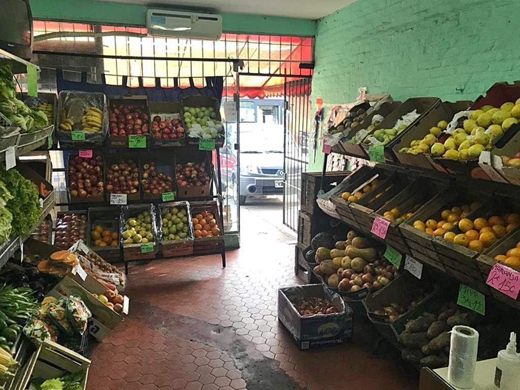 Foto Local en Venta en  Mart.-Fleming/Panam.,  Martinez  Yrigoyen al 1700