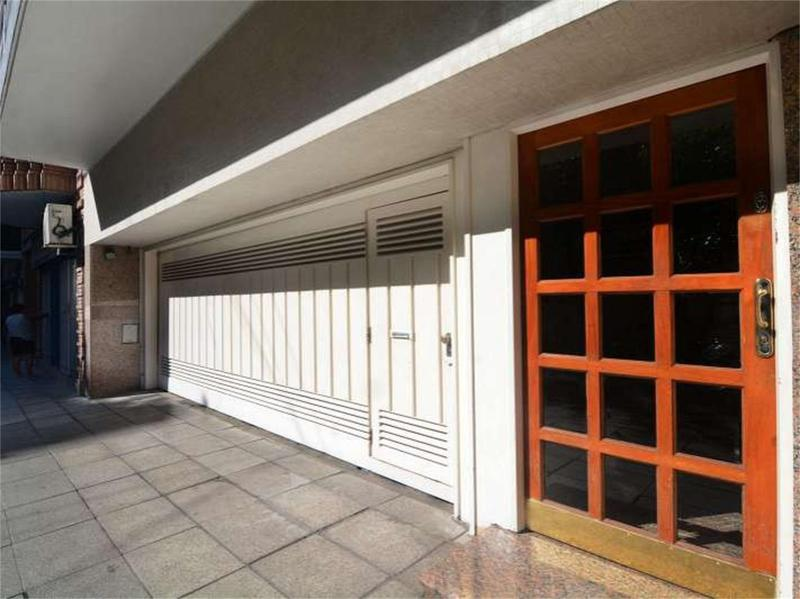 Foto Departamento en Venta en  Recoleta ,  Capital Federal  french  2900