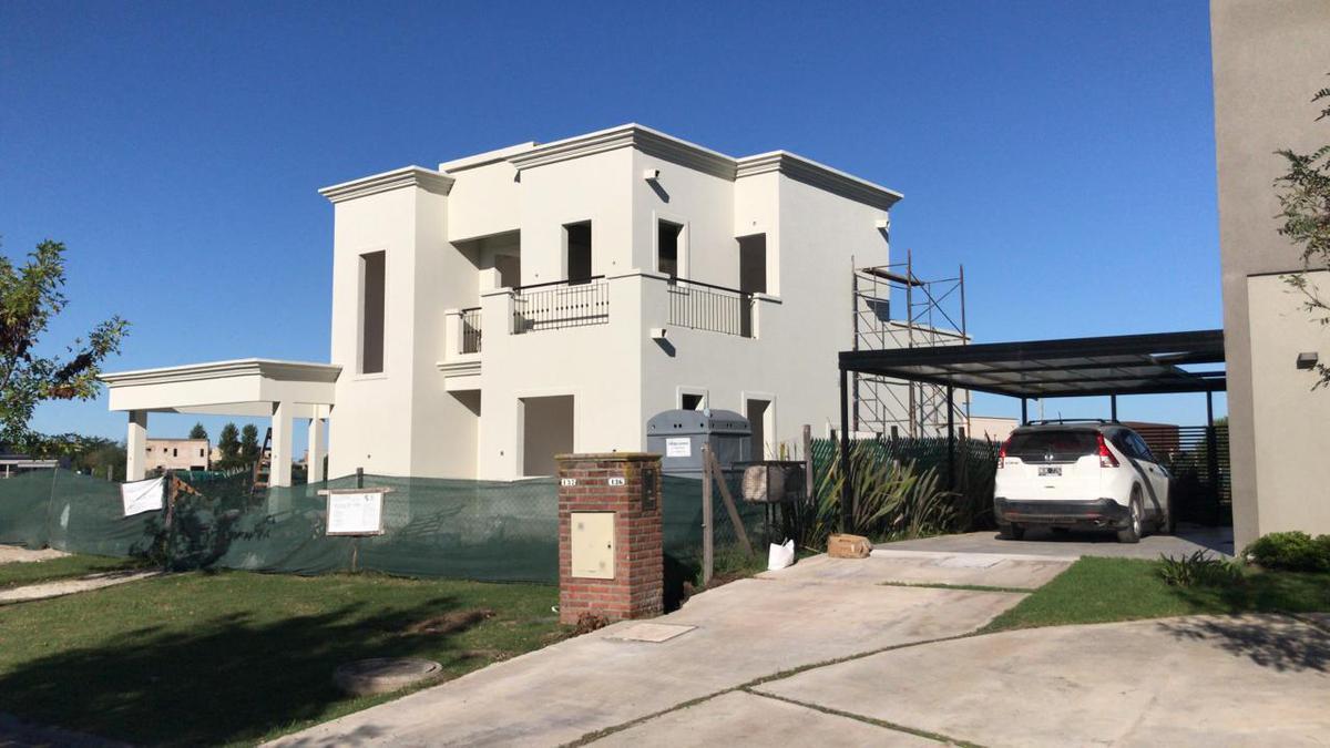 Foto Casa en Venta en  El Canton,  Countries/B.Cerrado (Escobar)  libertad al 310