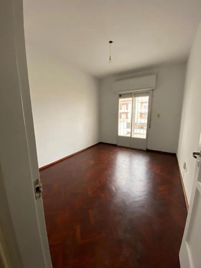 Foto Apartamento en Alquiler | Venta en  Unión ,  Montevideo  8 de Octubre y felix Laborde - alquiler al 19500