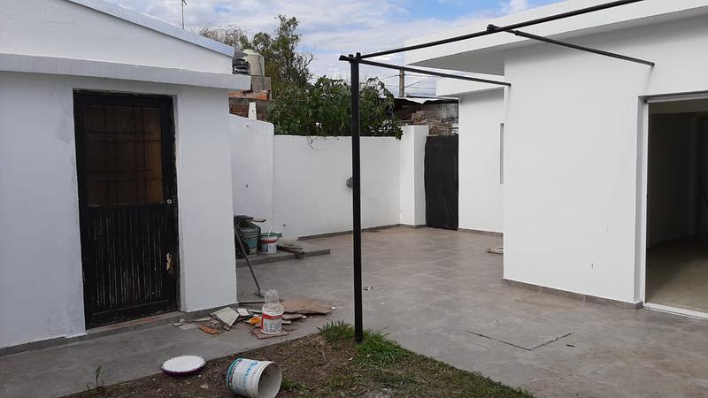 Foto Casa en Venta en  Ituzaingó Sur,  Ituzaingó  Quinquela Martin al 1800