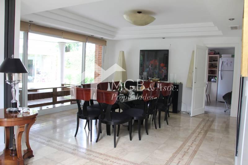 Foto Casa en Venta en  San Isidro,  San Isidro  MONTES GRANDES  al 1300