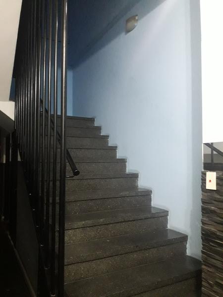 Foto Oficina en Alquiler en  Lomas de Zamora Oeste,  Lomas De Zamora  Laprida al 400