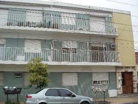 Foto Departamento en Venta en  Lanús Oeste,  Lanús  Valparaiso 800