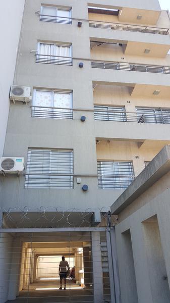 Foto Departamento en Venta en  Moron Sur,  Moron  Belgrano 926. 1 A. Moron