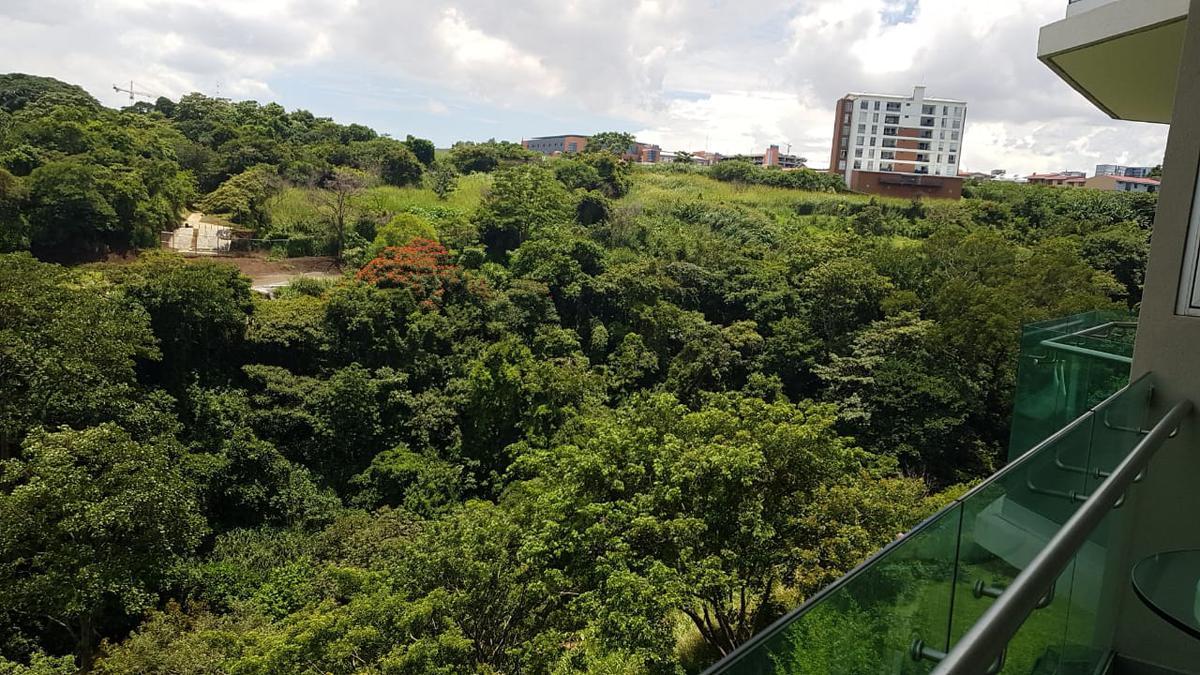 Foto Departamento en Renta en  Pavas,  San José  Rohmoser/ Amueblado/ Vista/ Amenidades