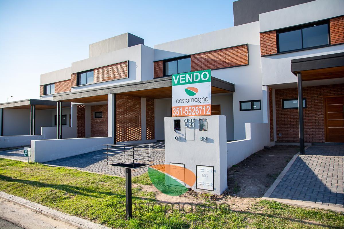Foto Casa en Venta |  en  Prados de Manantiales,  Cordoba Capital  Prados de Manantiales - 3 Dormitorios - 3 baños - 174 mts2