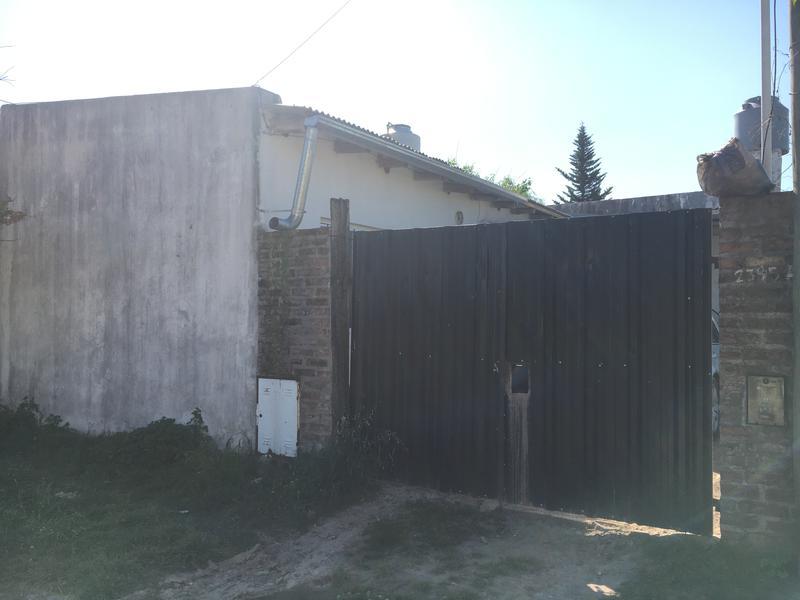 Foto Casa en Venta en  Lujan ,  G.B.A. Zona Oeste  Gral. Paz Nº 2393