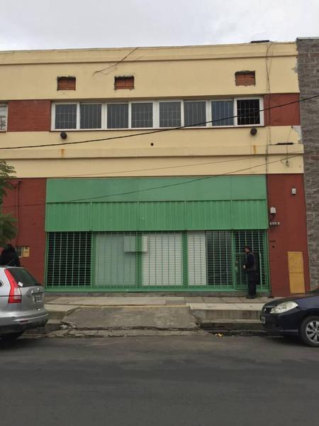 Foto Galpón en Alquiler en  Boca ,  Capital Federal  Benito Quinquela Martin 1128