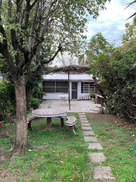 Foto Casa en Venta en  Lomas de Zamora Oeste,  Lomas De Zamora  Almafuerte 44
