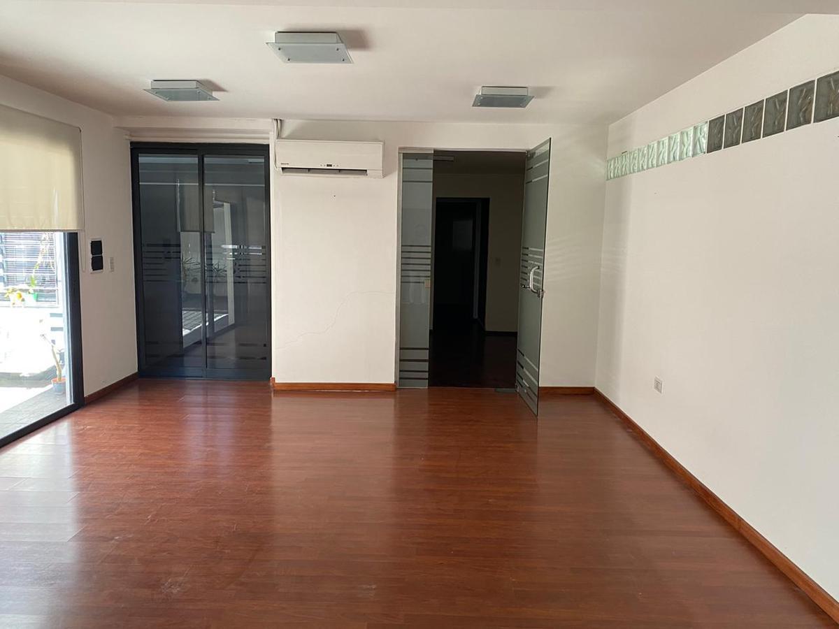 Foto Oficina en Alquiler en  Nueva Cordoba,  Capital  Achaval Rodriguez 50