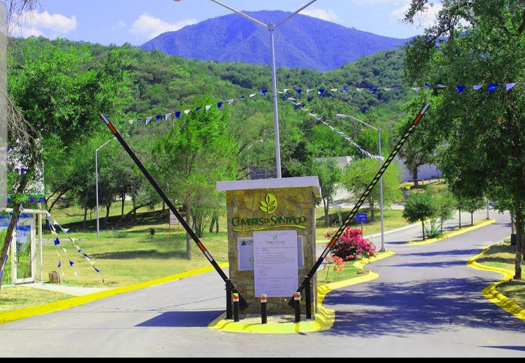Foto Terreno en Venta en  Santiago ,  Nuevo León  TERRENO EN VENTA FRACC. CUMBRES DE SANTIAGO (AHC) ID 50-TV-2032