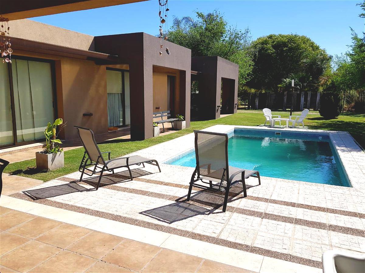Foto Casa en Venta |  en  Ayres del Sur,  Countries/B.Cerrado (Cordoba)  Ayres del sur