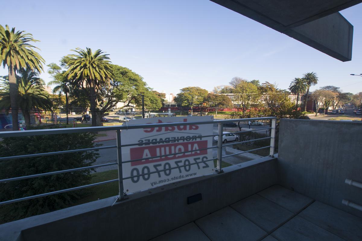Foto Apartamento en Alquiler en  Parque Batlle ,  Montevideo  Ramón Ortiz y Dr. José Brito Foresti