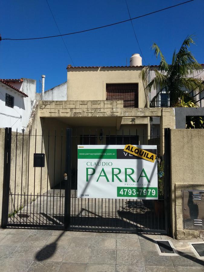 Foto Casa en Alquiler en  Martinez,  San Isidro  pasaje vasco de gama al 2400