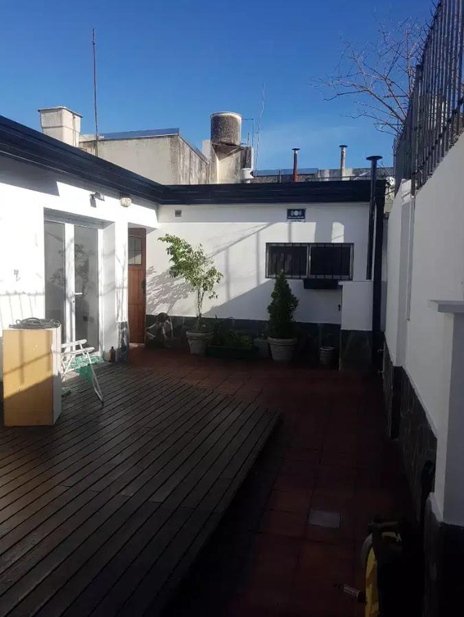 Foto PH en Venta en  Tolosa,  La Plata  526 e/ 5 y 6