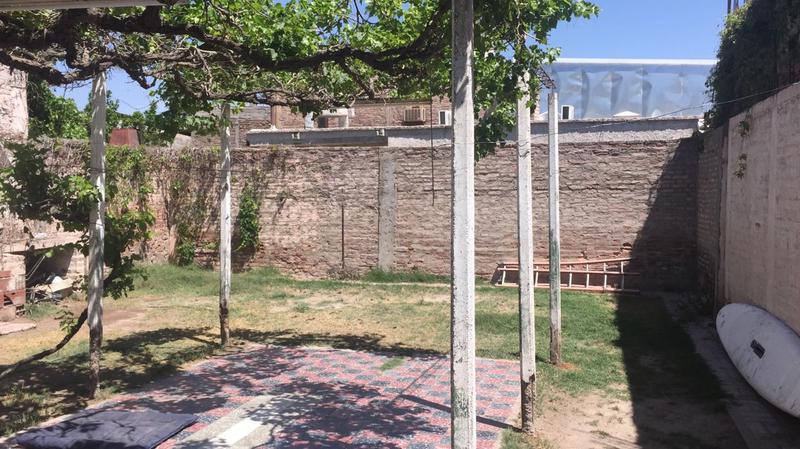 Foto Casa en Venta en  Capital ,  San Juan  Urquiza al 200
