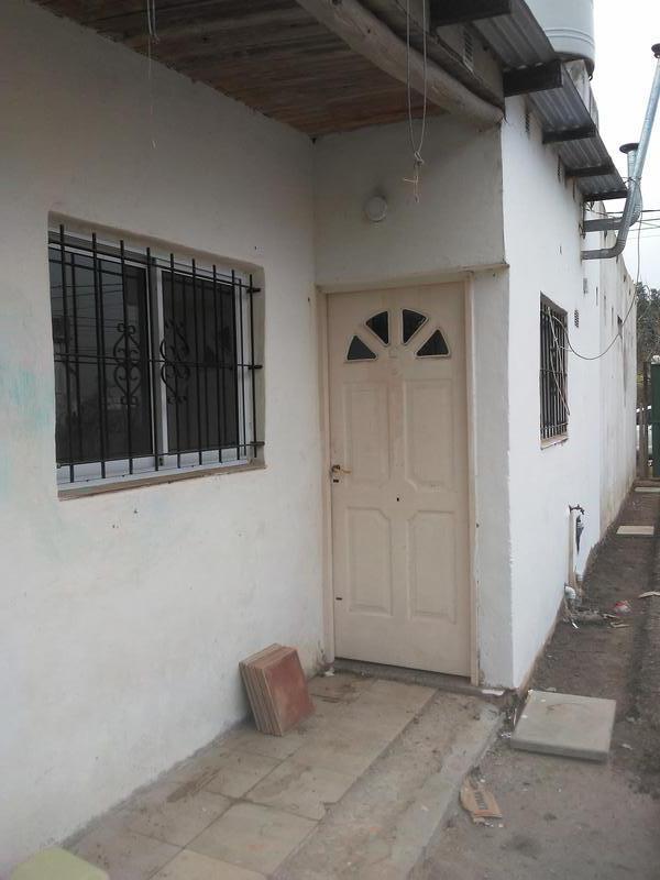 Foto Casa en Venta en  Lujan ,  G.B.A. Zona Oeste  Gral. Paz Nº 2395