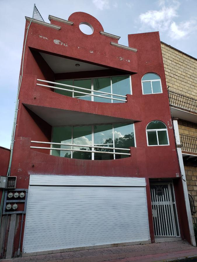 Foto Oficina en Renta en  Metepec ,  Edo. de México  Calle 16 de septiembre 102-68 codigo postal al 52100