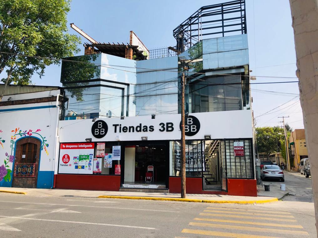 Foto Edificio Comercial en Renta en  Toluca ,  Edo. de México  Espacio para Oficinas o Restaurante en Renta en Toluca