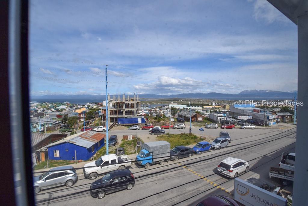 Foto Departamento en Alquiler en  Ushuaia ,  Tierra Del Fuego  Alem