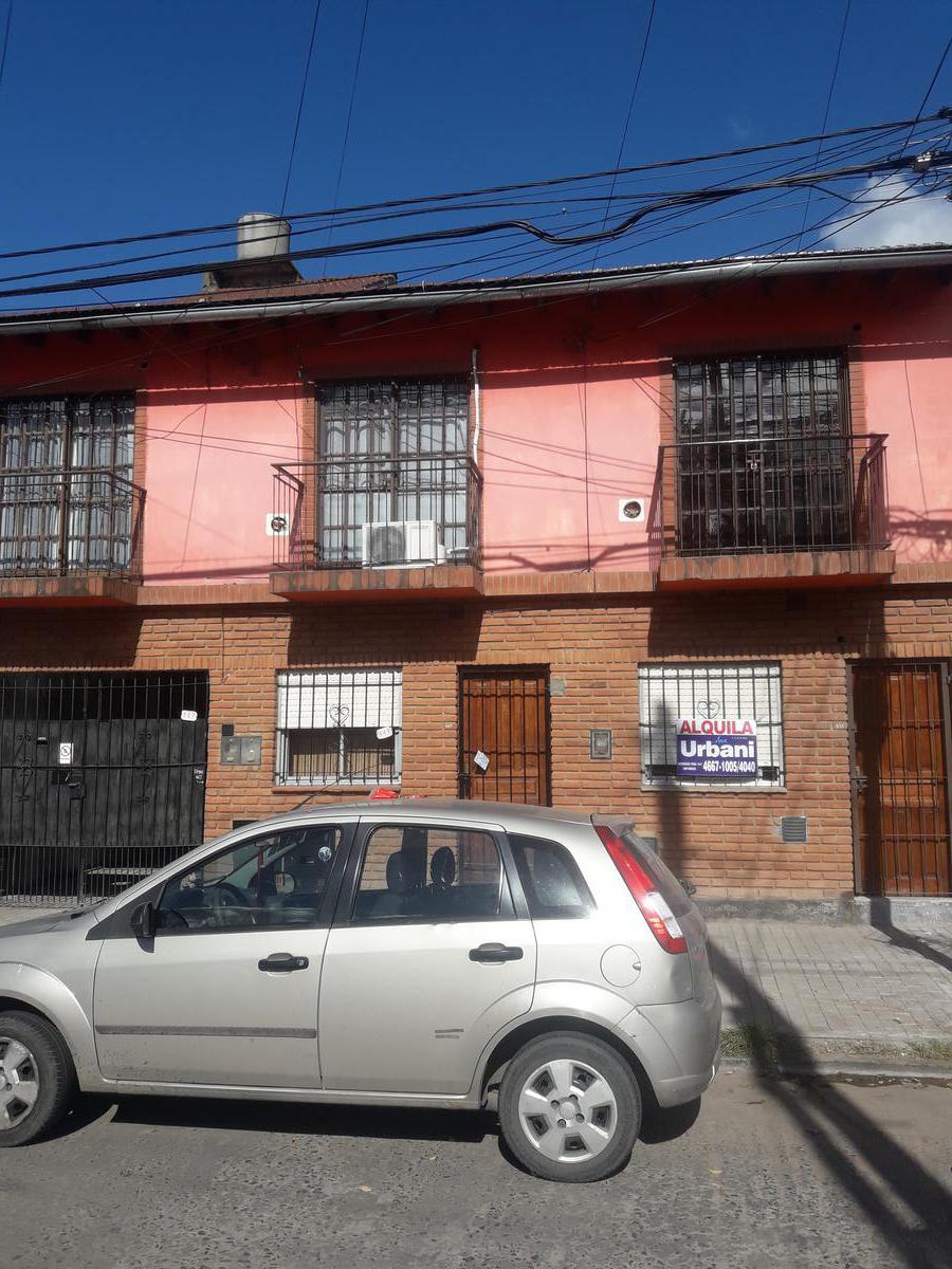 Foto Casa en Alquiler en  San Miguel ,  G.B.A. Zona Norte  guemes al 400