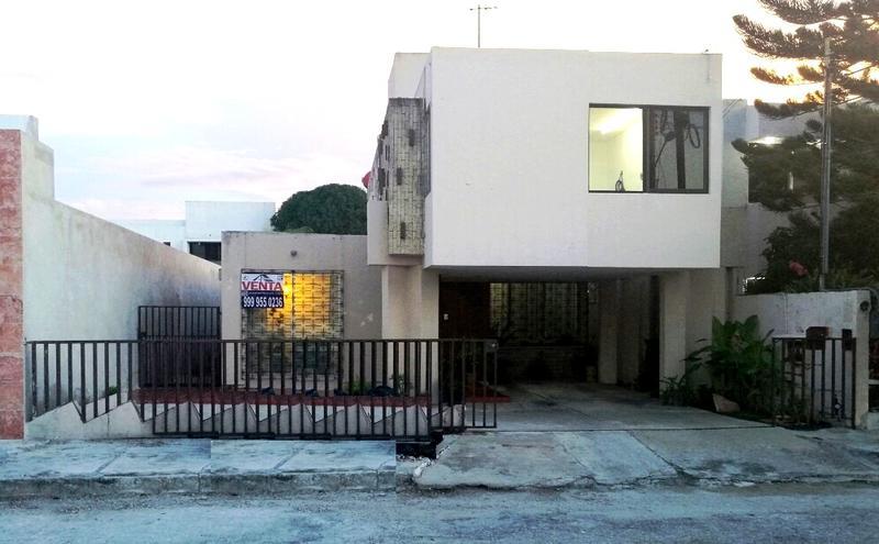 Foto Casa en Venta en  Fraccionamiento Campestre,  Mérida  IDEAL PARA OFICINA / CASA EN CAMPESTRE