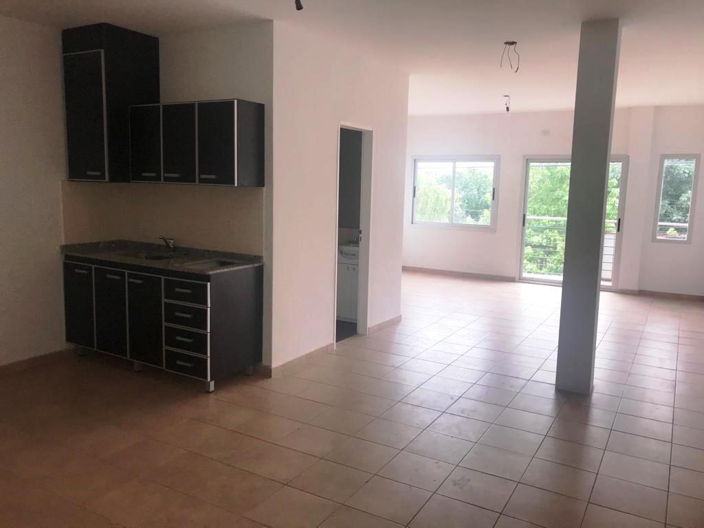 Foto Departamento en Venta en  Ituzaingó ,  G.B.A. Zona Oeste  Jose Maria Paz al 400