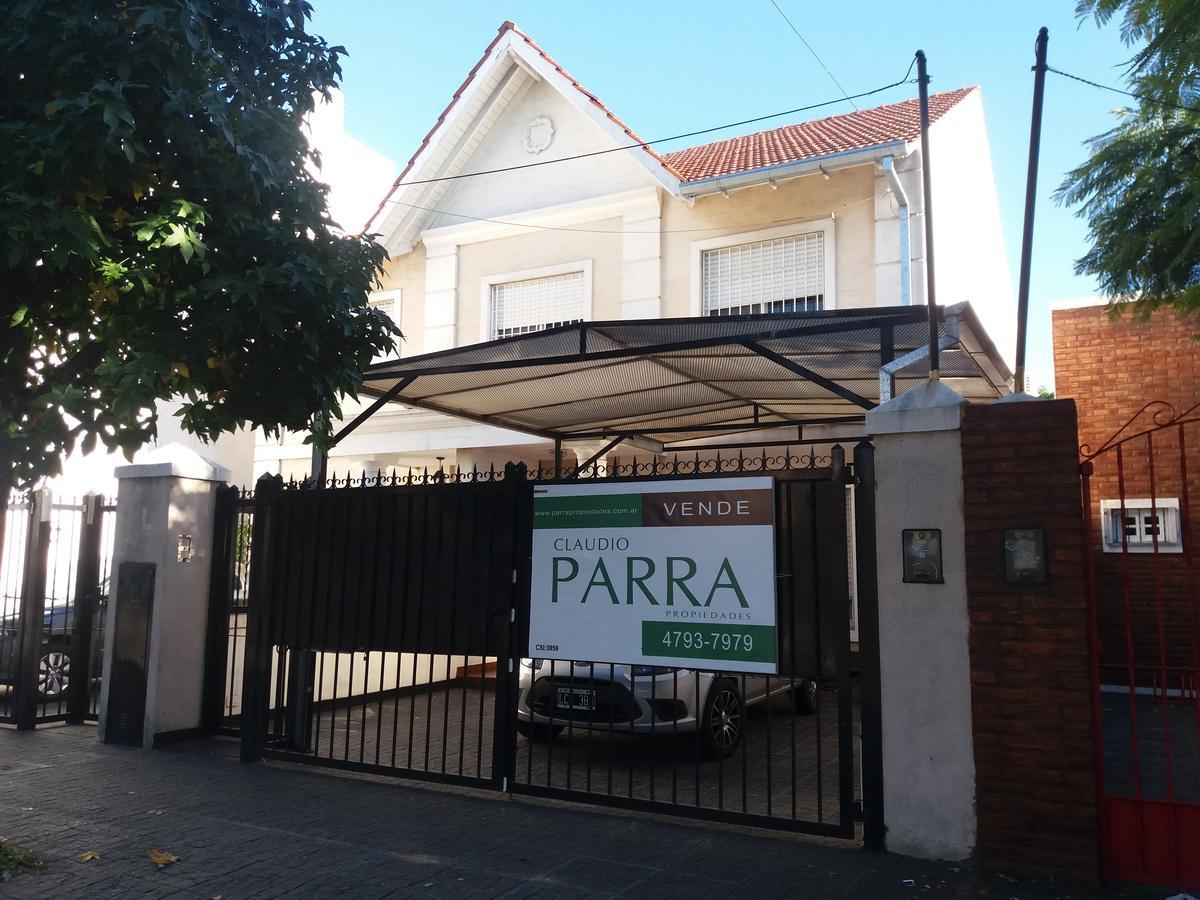 Foto Casa en Venta en  Villa Adelina,  San Isidro  parana al 5200