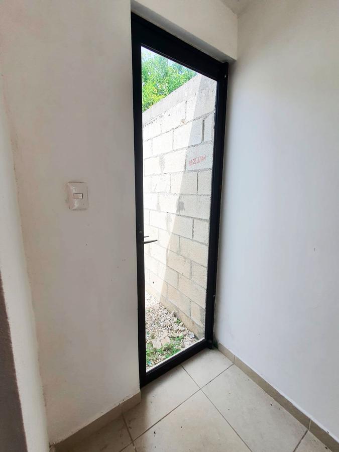 Foto Local en Renta en  Fraccionamiento El Prado,  Mérida  Local De 40 m2 En Fracc. Prado Chuburna Zona Cantaritos