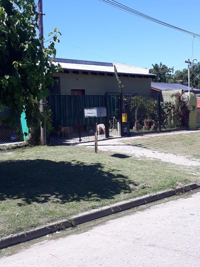 Foto Casa en Venta en  Los Hornos,  La Plata  Casa en Los Hornos. 55 entre 149 y 150
