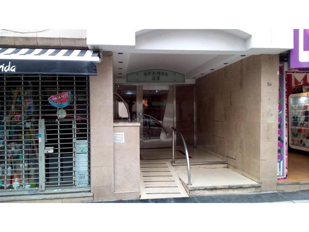 Foto Departamento en Venta en  Ramos Mejia,  La Matanza  Guemes 52 8ºA