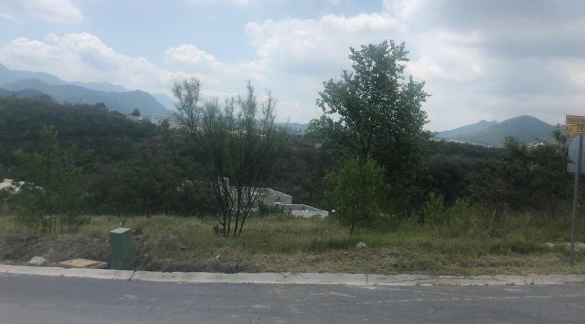 Foto Terreno en Venta en  Valle Alto,  Monterrey  Jardines de Valle Alto