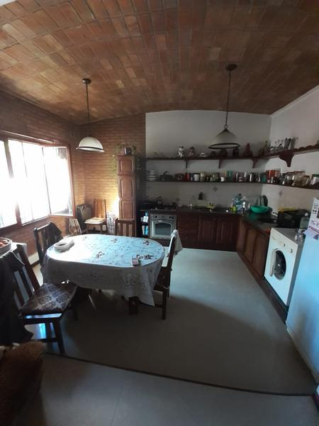 Foto Casa en Venta en  Banfield Este,  Banfield  LANUS 2418