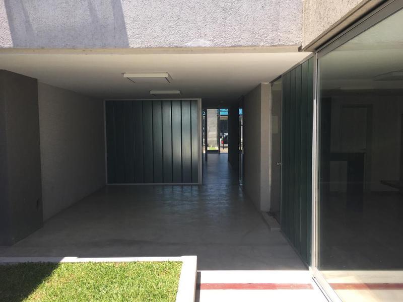 Foto Departamento en Alquiler en  Lomas de Zamora Oeste,  Lomas De Zamora  Hipolito Yrigoyen al 8300
