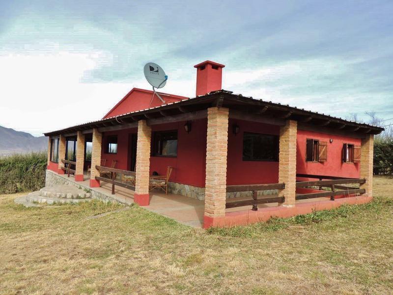 Foto Casa en Alquiler temporario en  Tafi Del Valle ,  Tucumán  Semana Santa en Tafí - Oferta Especial por días Zona Lambedero para 10 personas