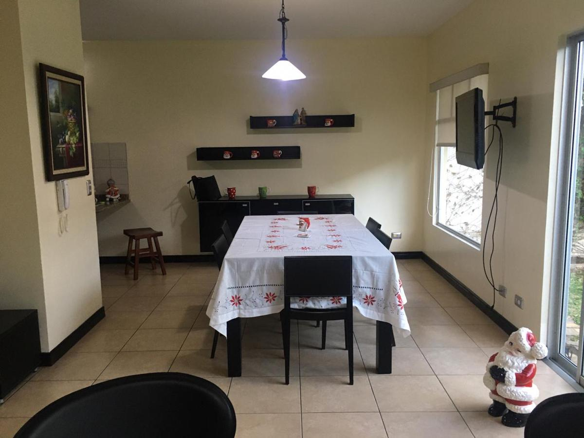 Foto Casa en condominio en Renta en  San Joaquín de Flores,  Flores  Céntrica pero tranquila/Seguridad/No Pet Friendly/Buen clima