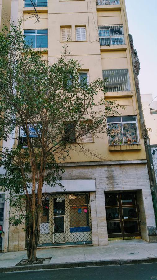 Foto Departamento en Alquiler en  Balvanera ,  Capital Federal  Bartolome Mitre al 2100